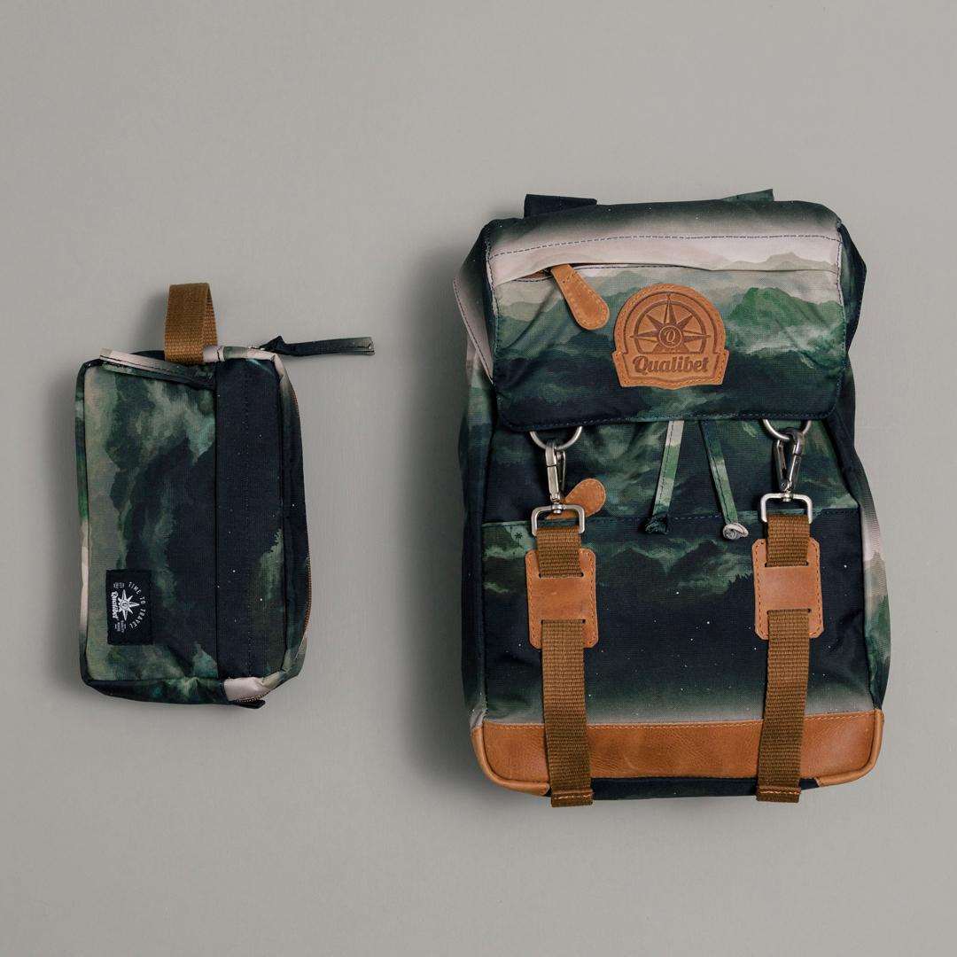 """Kit """"Ride Backpack (mini)"""" & """"Travel Case"""" Montañas"""